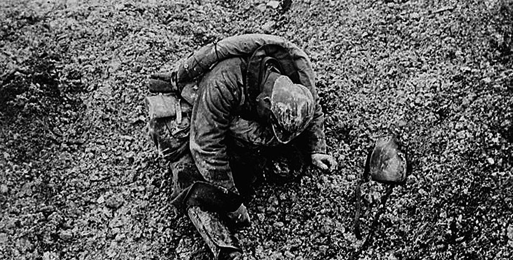 La bataille de Verdun | Cadavre d'un soldat français | historyweb.fr la bataille de verdun La bataille de Verdun bataille verdun premiere guerre mondiale site histoire historyweb 4