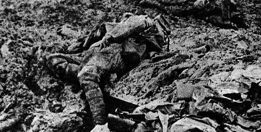 La bataille de Verdun | Cadavre français près de Douaumont la bataille de verdun La bataille de Verdun bataille verdun premiere guerre mondiale site histoire historyweb 7