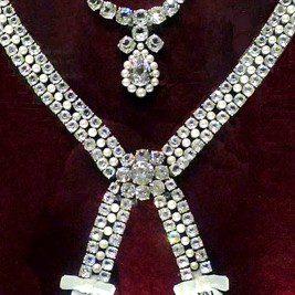 L'affaire du collier de la reine - 3 | Historyweb collier de la reine L'affaire du collier de la reine 3/3 affaire collier histoire historyweb 8 267x267