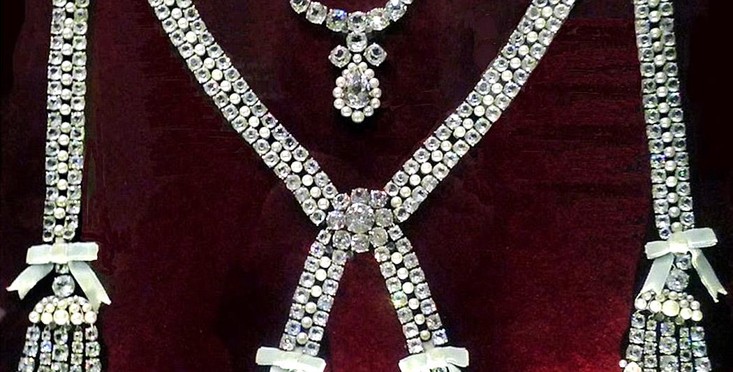L'affaire du collier de la reine 3/3 collier de la reine L'affaire du collier de la reine 3/3 affaire collier histoire historyweb 8