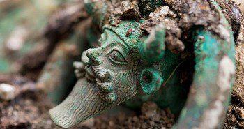 Tombe princière celte | Historyweb Senebkay Le mystère de Senebkay, le pharaon massacré | Passeur de sciences actualit   histoire historyweb 1 350x185