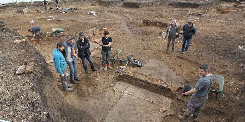 Une fontaine antique découverte lors de fouilles archéologiques à Périgueux d718f65f 72c5 4158 af39 41d8acca3fd7