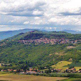 Silos à grains gaulois découverts en Auvergne | Historyweb.fr  Une centaine de silos à grains gaulois découverts en Auvergne actu histoire historyweb 53 267x267