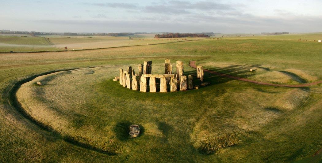 L'énigme de Stonehenge | Le site de l'Histoire | Historyweb -2 l'énigme de stonehenge L'énigme de Stonehenge enfin résolue ? enigme stonehenge site histoire historyweb 2